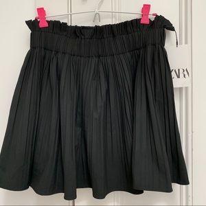 ZARA black pleated mini skirt NWT